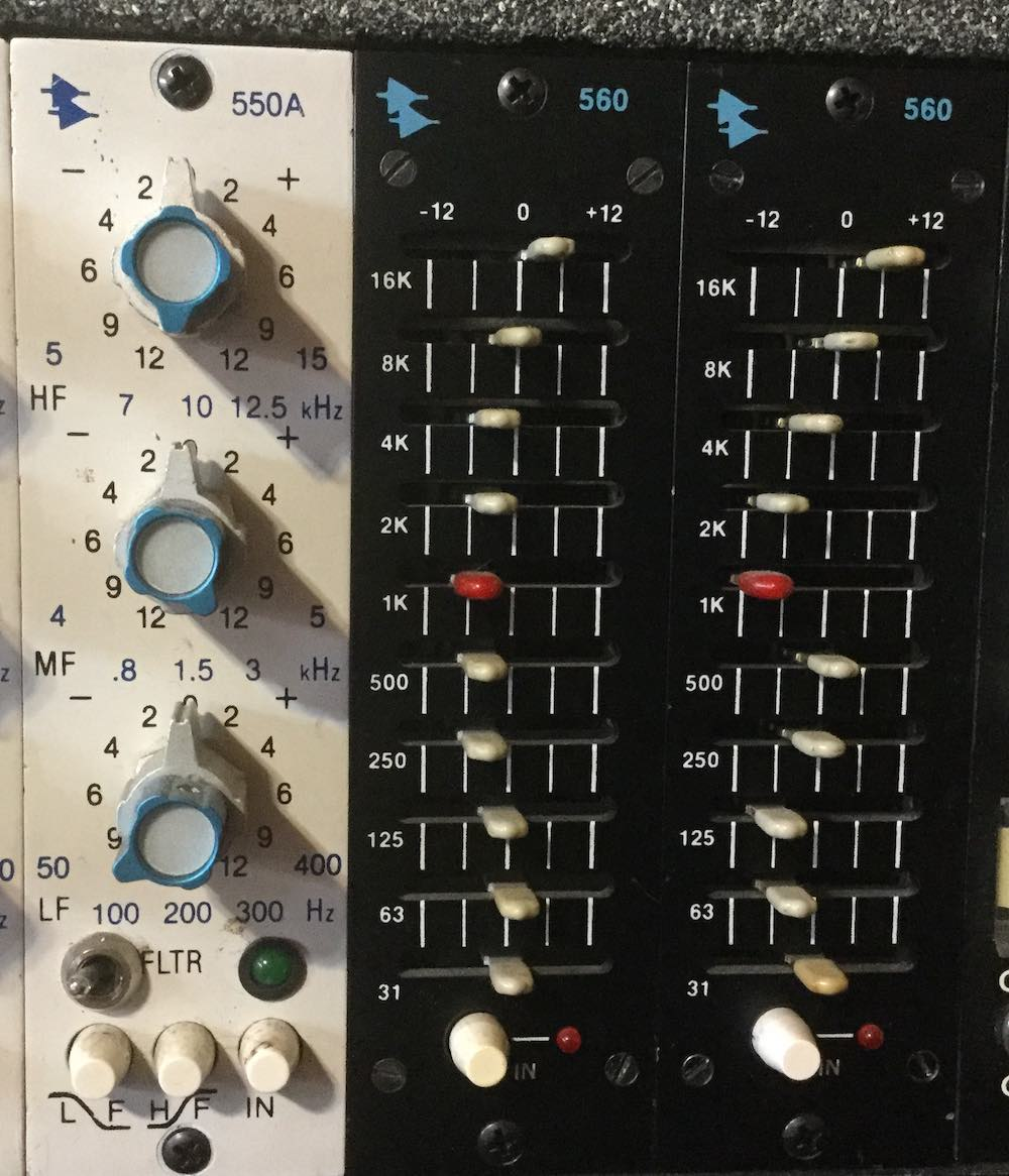 Articles Avedis Audio Diagram Further 741 Op Circuit Diagrams On Stereo Equalizer Hook Up Api 560 First Edition Non A Or B Alongside White Faceplate 550a